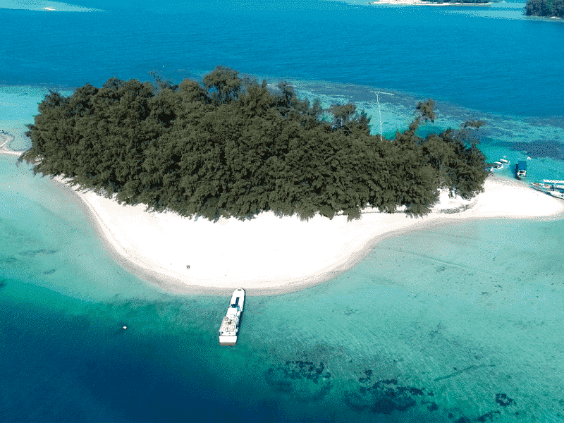 Spot Cantik di Sekitar Pulau Harapan