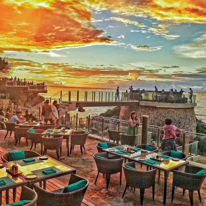 Rockbar Kafe Sunset