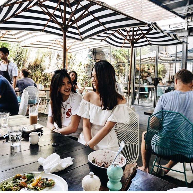 Sisterfields Cafe
