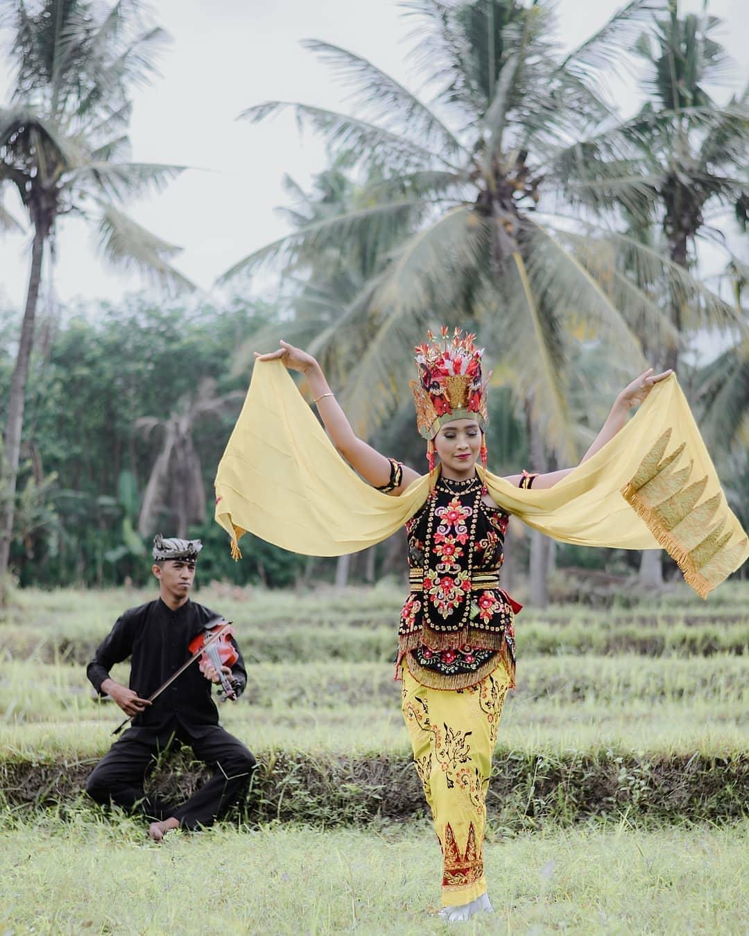 Melihat Kehidupan Suku Osing Banyuwangi Yang Masih Lestari 1