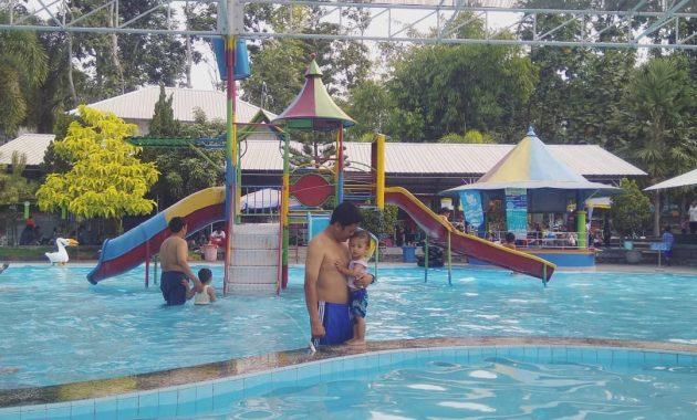 Menikmati Segarnya Air dan Serunya Wahana Outbound di Telogo Sewu Pasuruan. 5