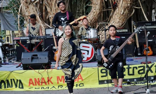 Nyanyi Nyanyi Taman Budaya Raden Saleh