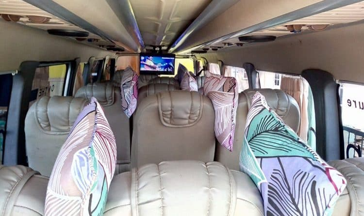 Interior Armada Isuzu ELF LOng Travel Malang Semarang
