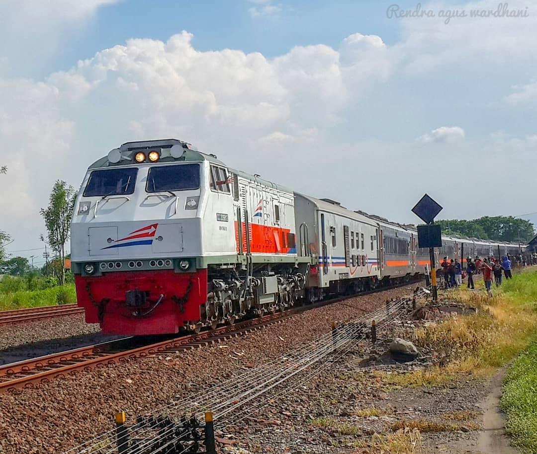 Jadwal Kereta Api Mutiara Timur