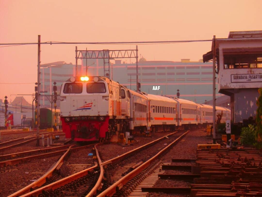 Jadwal Kereta Api Maharani