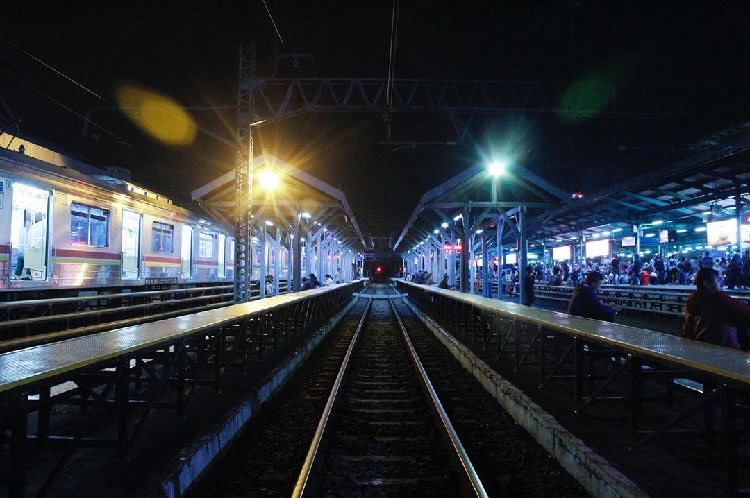 Jadwal KRL Manggarai