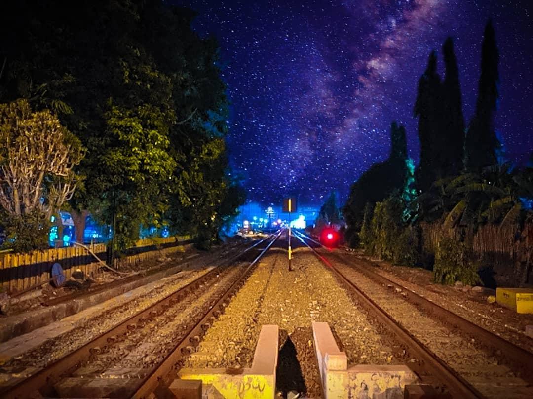malam jadwal kereta api dharmawangsa ekspres