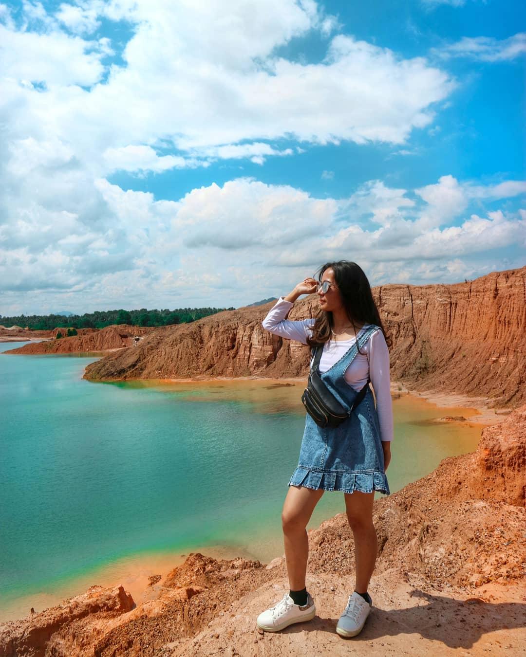 Pemandangan Danau Ampar Red Hill
