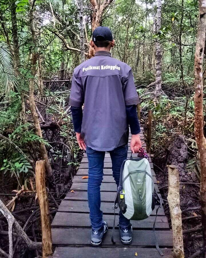 Jelajah Hutan Mangrove Munjang Kurau Barat