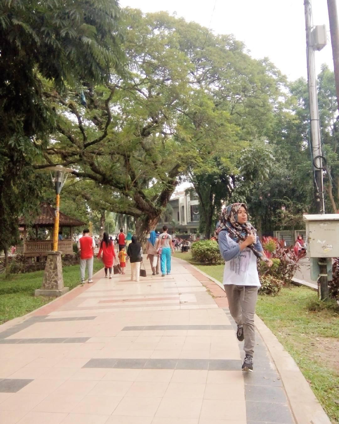 Jogging Kembang Iwak