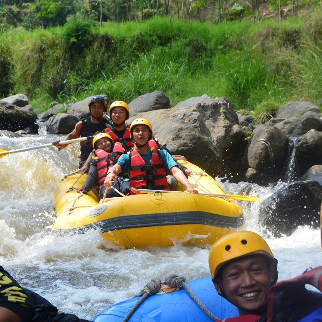 Rafting Pemandian Dewi Sri