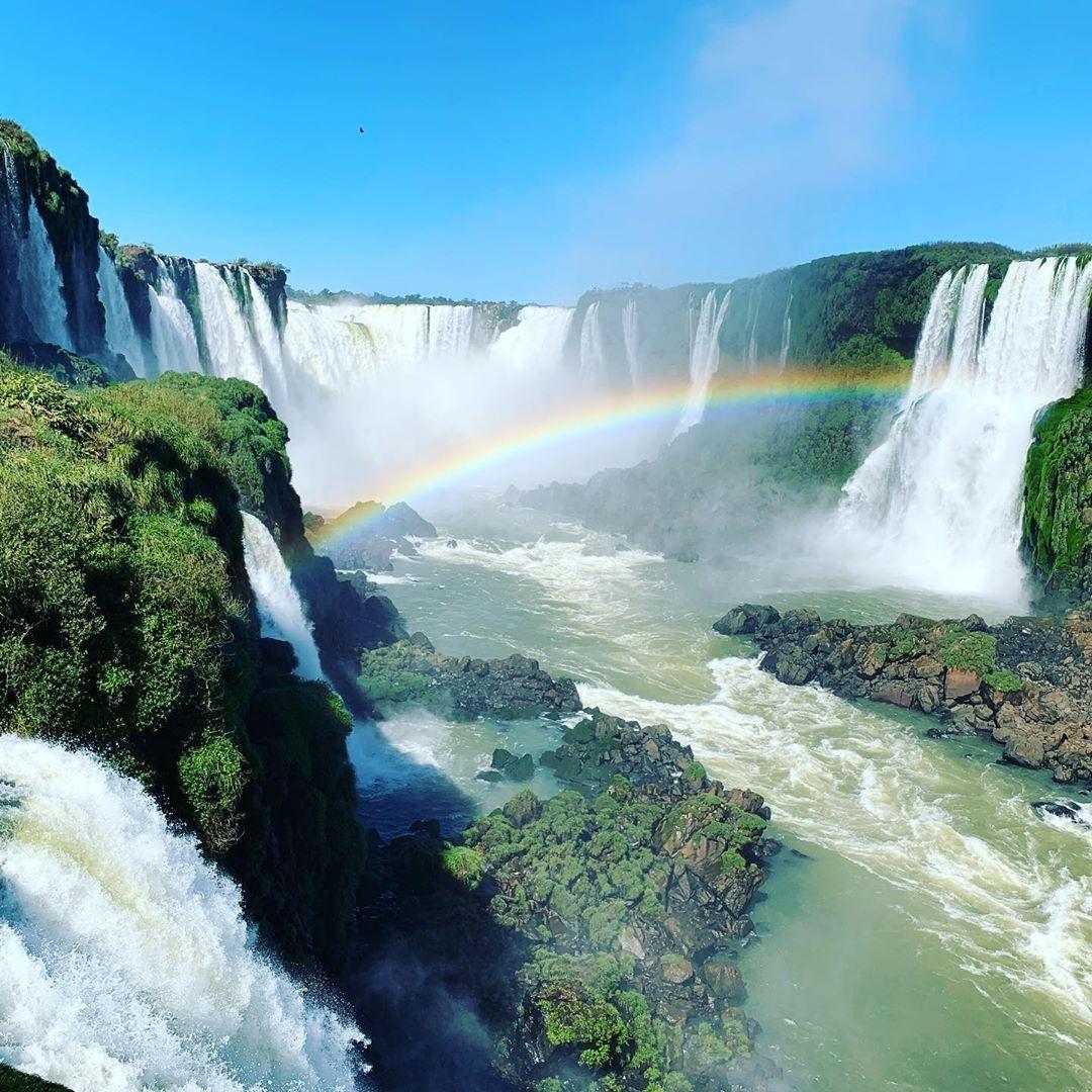 pelangi iguazu falls