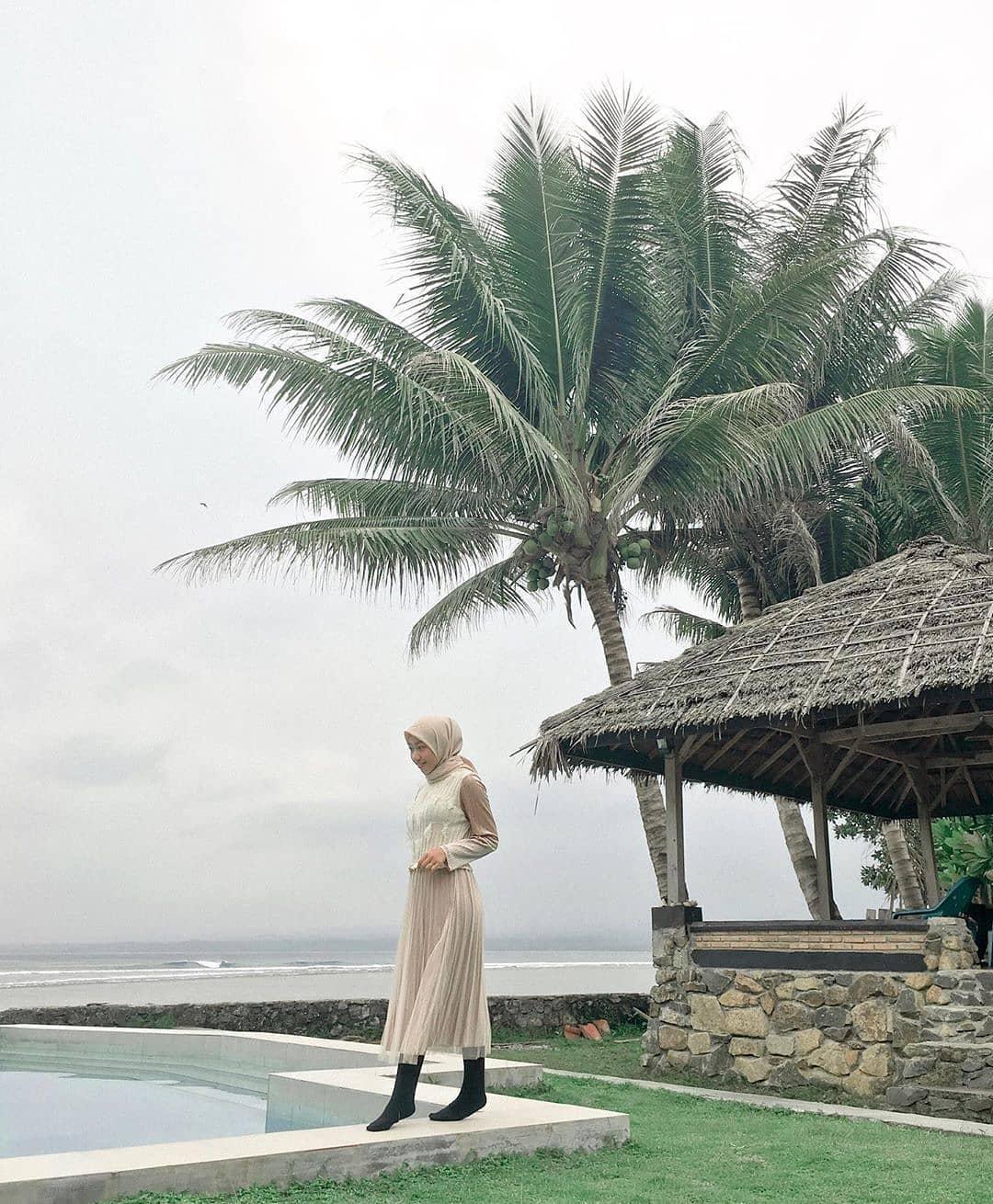 Kelapa pantai tanjung setia