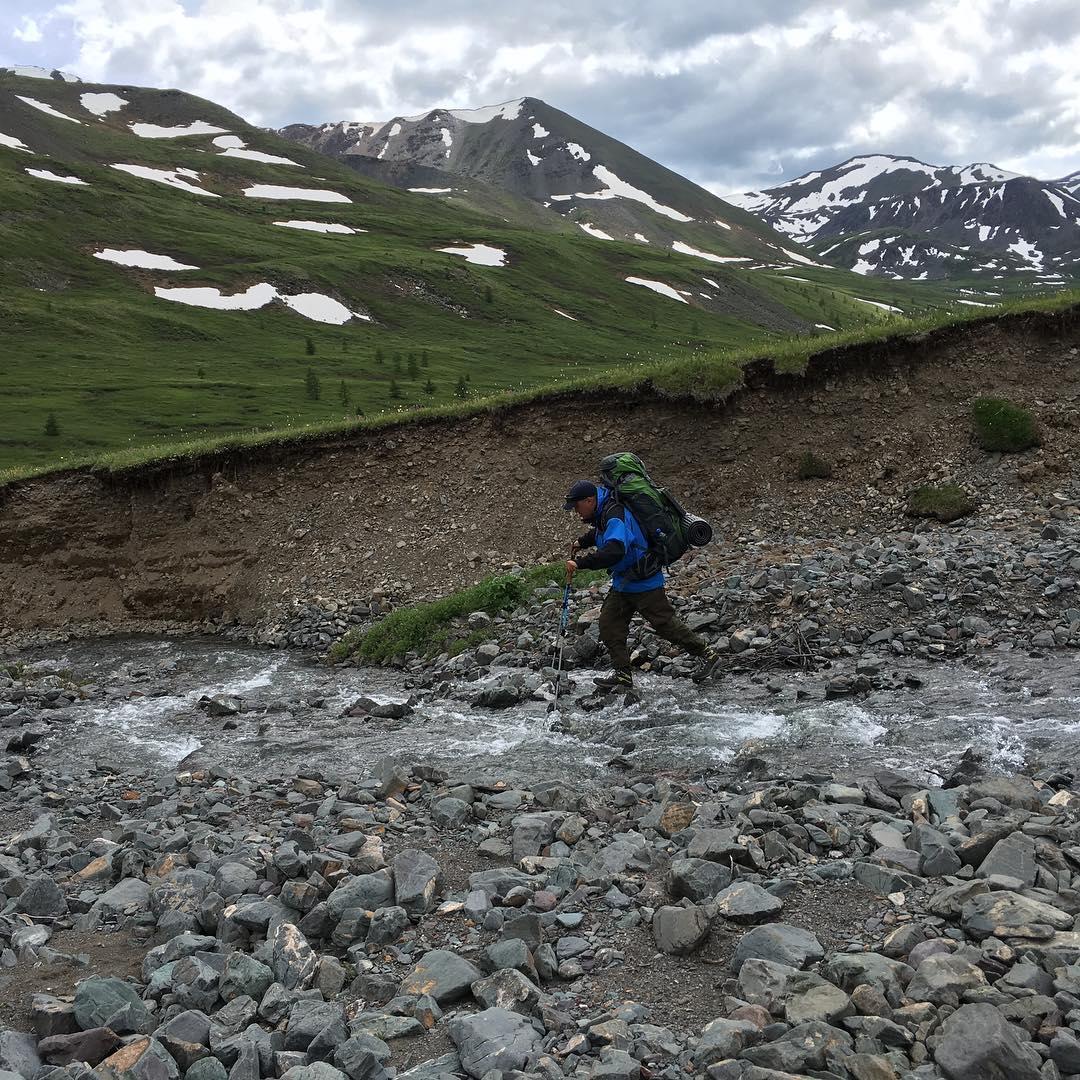 mendaki pegunungan altai