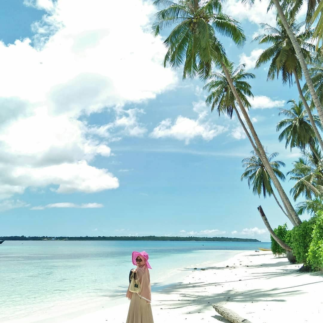 Biru Pantai Enggano