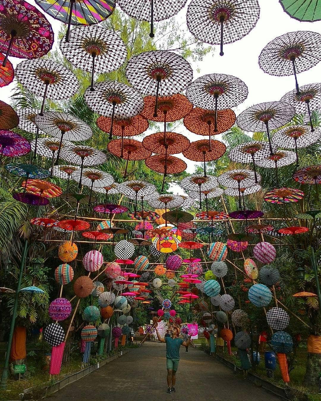 Payung Taman Balai Kambang