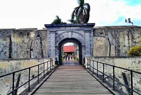 Sejarah Benteng Marlborough Bengkulu, Harga Tiket Masuk + Peta Lokasi 7