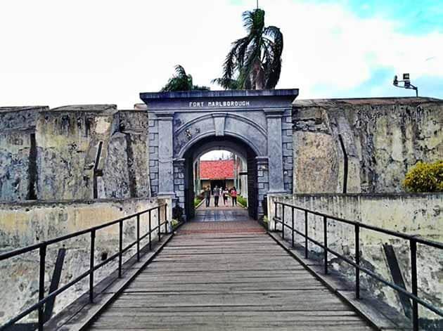 Sejarah Benteng Marlborough Bengkulu, Harga Tiket Masuk + Peta Lokasi 10