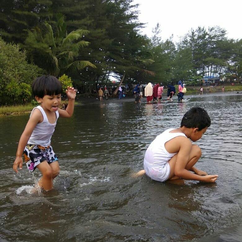 Cerita Anak Pantai Laguna