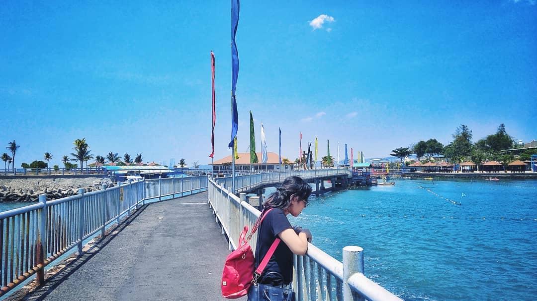 Wisata Bahari Lamongan Cewek