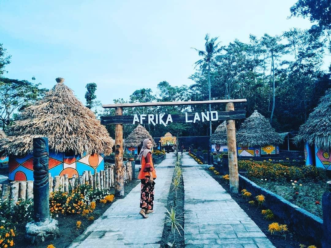 Kampung Afrika Blitar by bettaertika