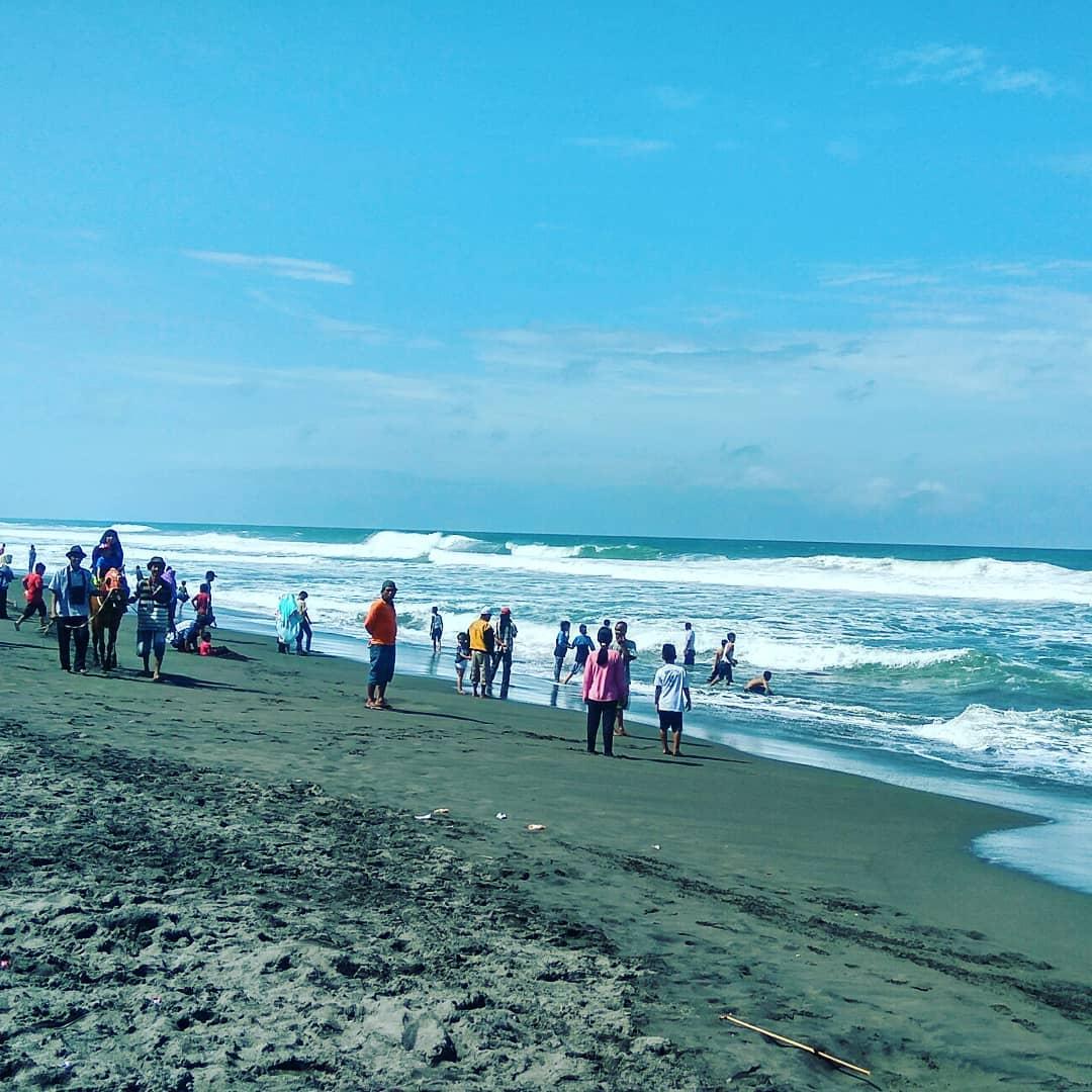 Kemiringan Pantai Laguna