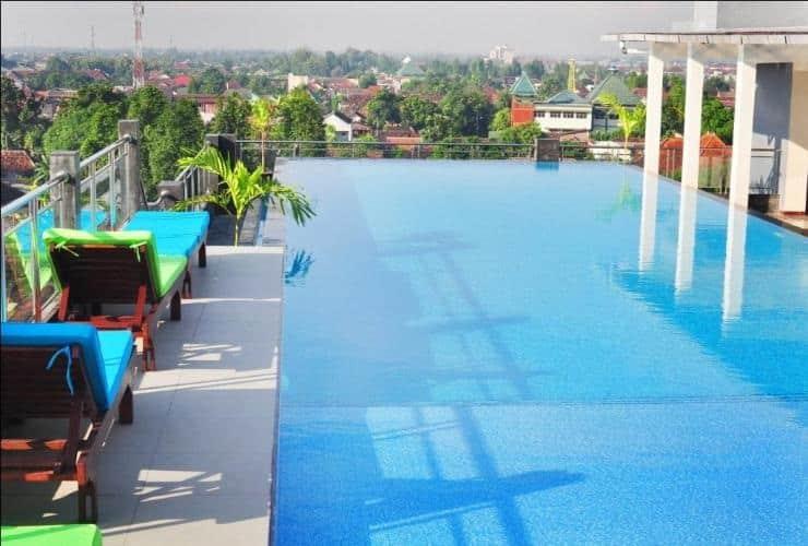 Kolam Renang Jogja Hotel Pandanaran