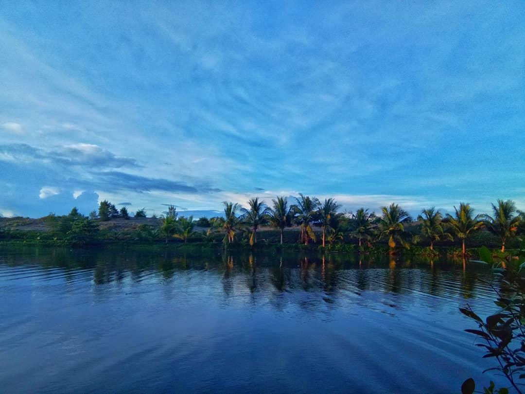 Laguna Lembupurwo di Sore hari