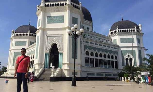 Masjid Raya Medan megah