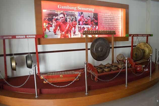 Museum Ronggowarsito Gong
