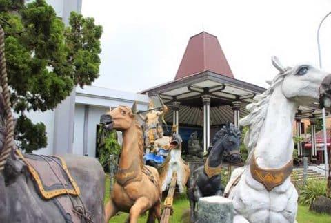 Tiket Masuk dan Jam Buka Museum Ronggowarsito + Koleksi Lengkap 2
