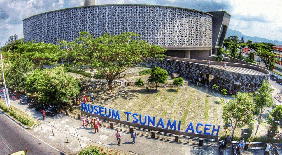 Mengenang Peristiwa Dahsyat Tsunami Di Museum Tsunami Aceh 1