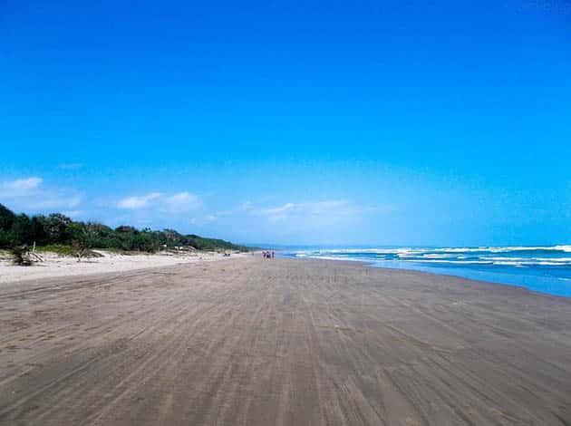 Pantai Begedur Panjang