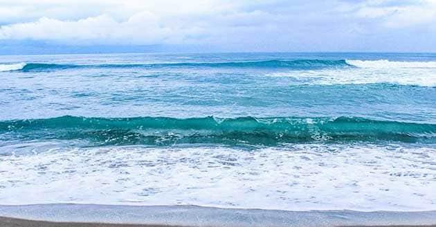 Pantai Bopong Ombak