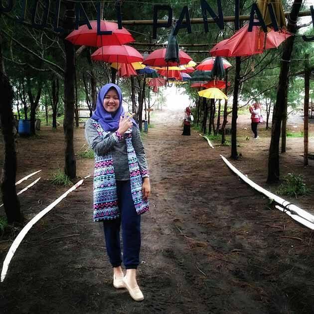 Pantai Jetis Payung