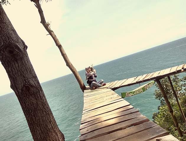 Pantai Lampon Selayang