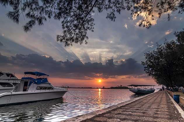 Pantai Marina Pinggir