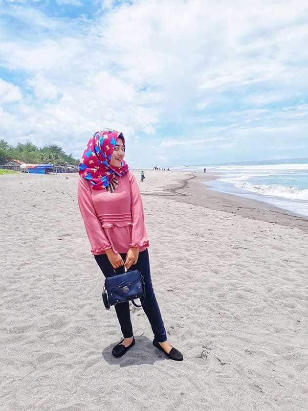 Pantai Petanahan Kerudungan
