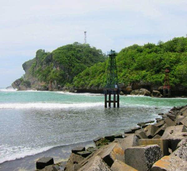 Pantai Sadeng