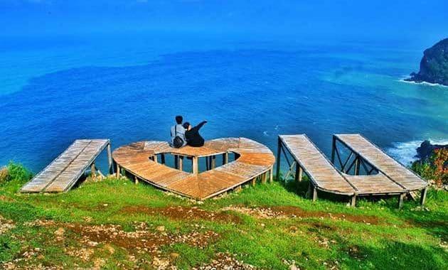 Pantai Sawangan I love You