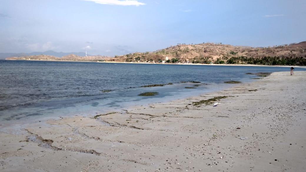 Pantai Elak Elak Lombok 4