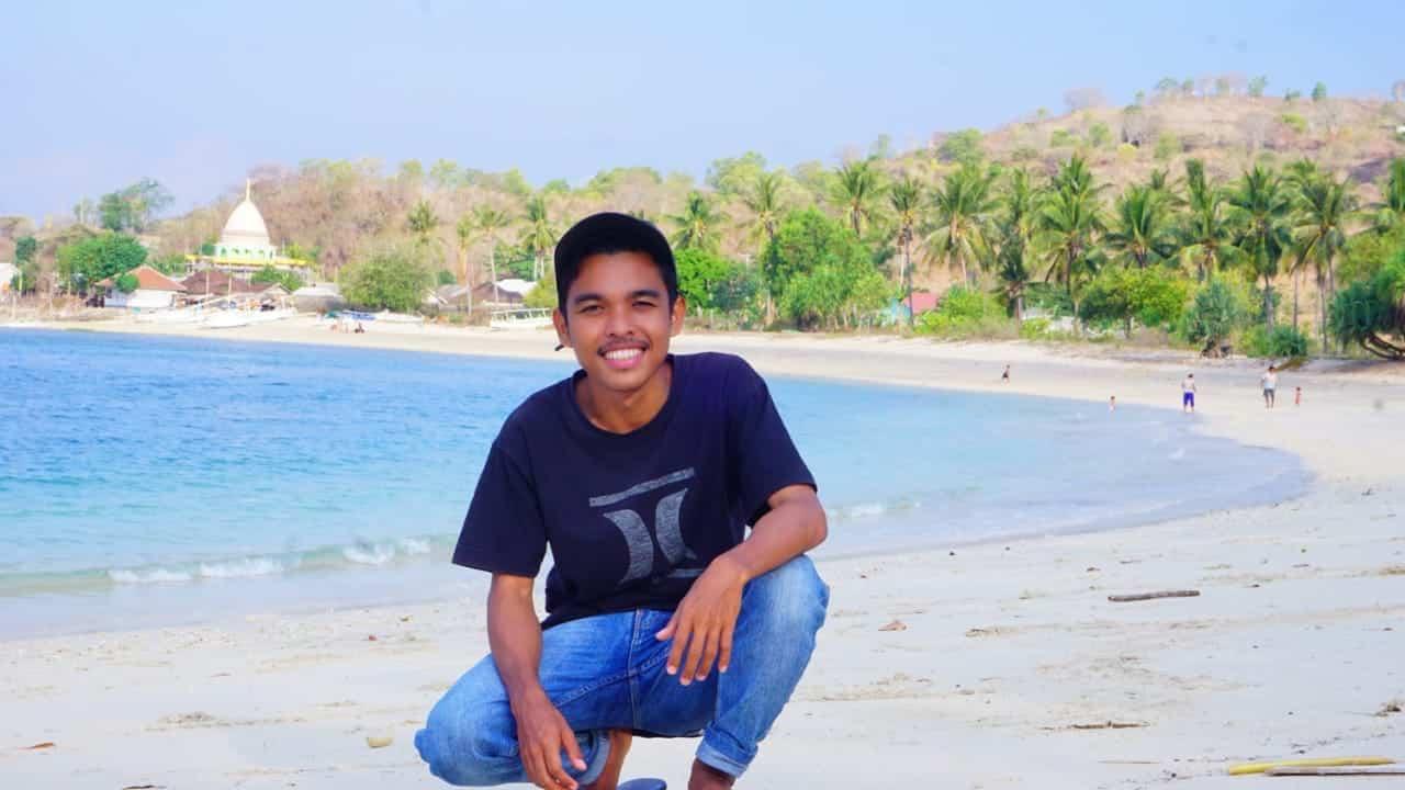Pantai Elak Elak Lombok 3