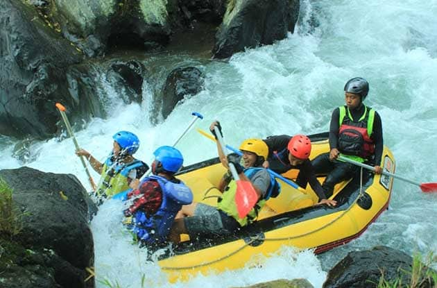 Wisata Adrenalin Rainbow Rafting Randudongkal Pemalang dan Biaya 1