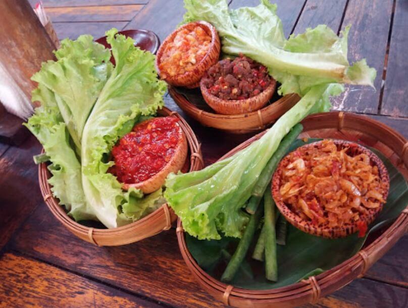Restoran Bumbu Desa by aditya wisnu