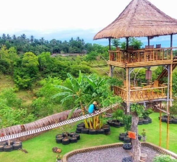 Rumah-Bambu-Bl