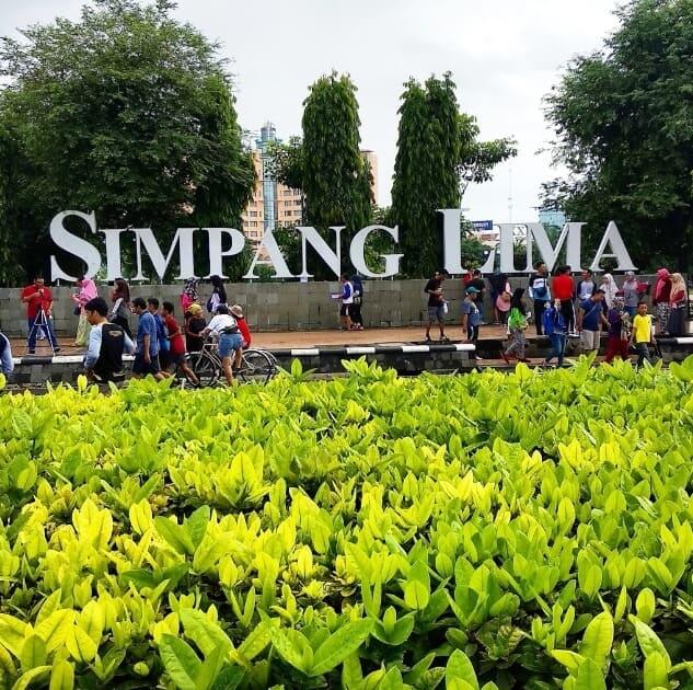Simpang Lima Daun
