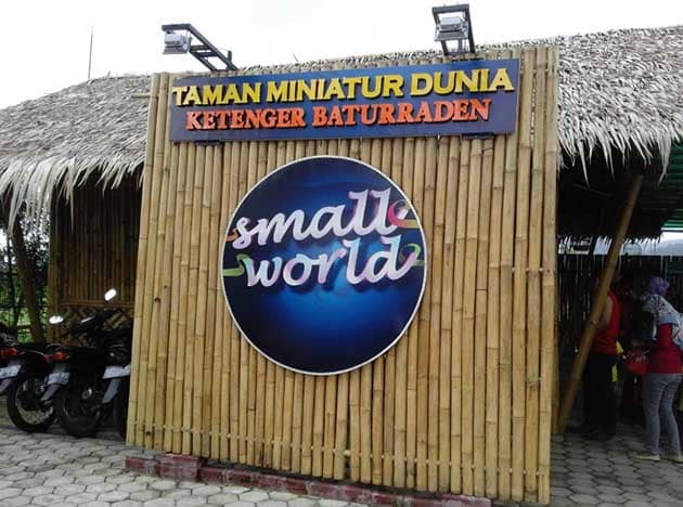 Small World Purwokerto Plang