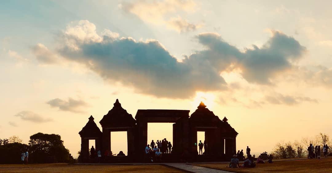Sore Hari Sunset Candi Ratu Boko