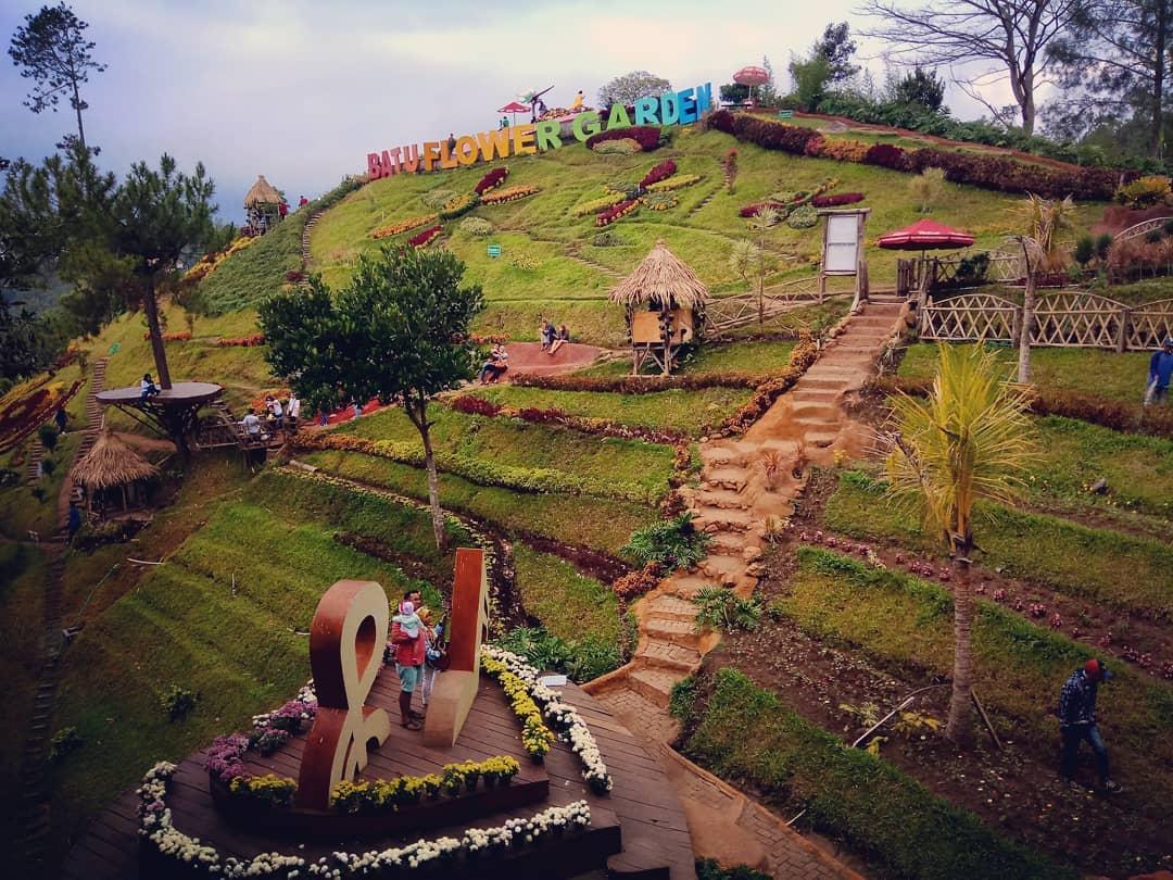 Batu Flower Garden Malang 9
