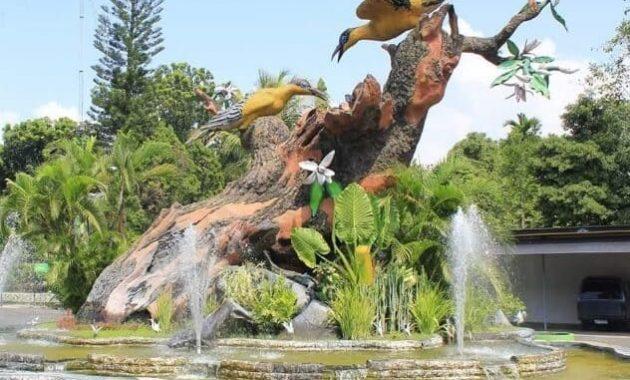 Taman-Kyai-Langgeng-Burung